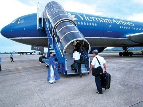 Bạn cần biết cách lên và xuống máy bay đúng cách!