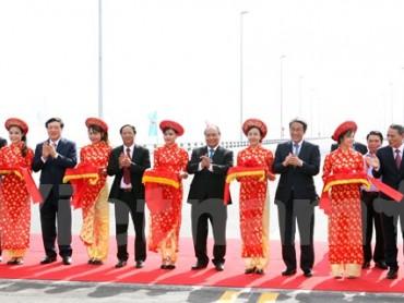 Chính thức đưa vào sử dụng cầu vượt biển dài nhất Việt Nam