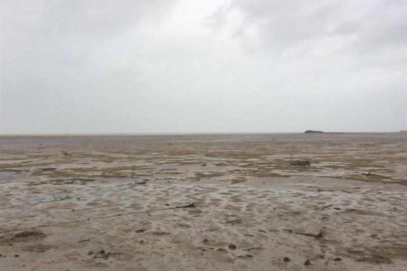 Lý giải hiện tượng siêu bão Irma hút cạn nước biển