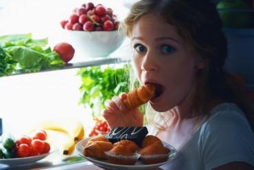 Ăn buổi đêm như thế nào không ảnh hưởng đến sức khỏe