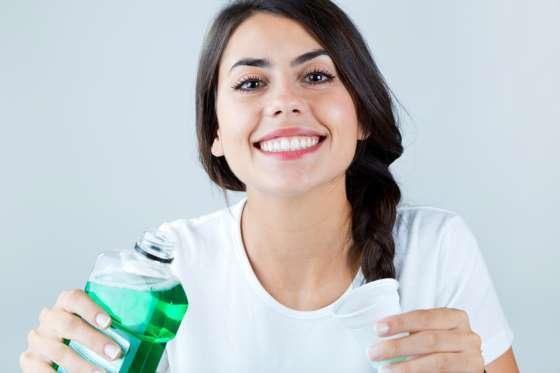 6 lầm tưởng khi sử dụng nước súc miệng