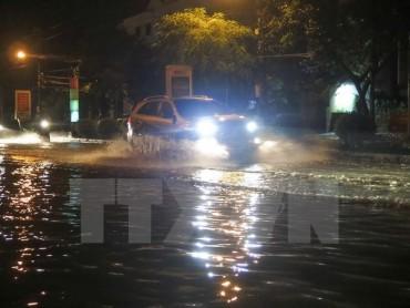 Đêm 28/9 khu vực Hà Nội và các vùng lân cận có mưa dông