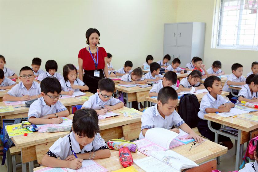 Triển khai Chương trình, sách giáo khoa phổ thông mới: Gấp rút chuẩn bị