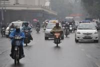 Mẹo giúp bạn điều khiển xe gắn máy an toàn dưới trời mưa lạnh
