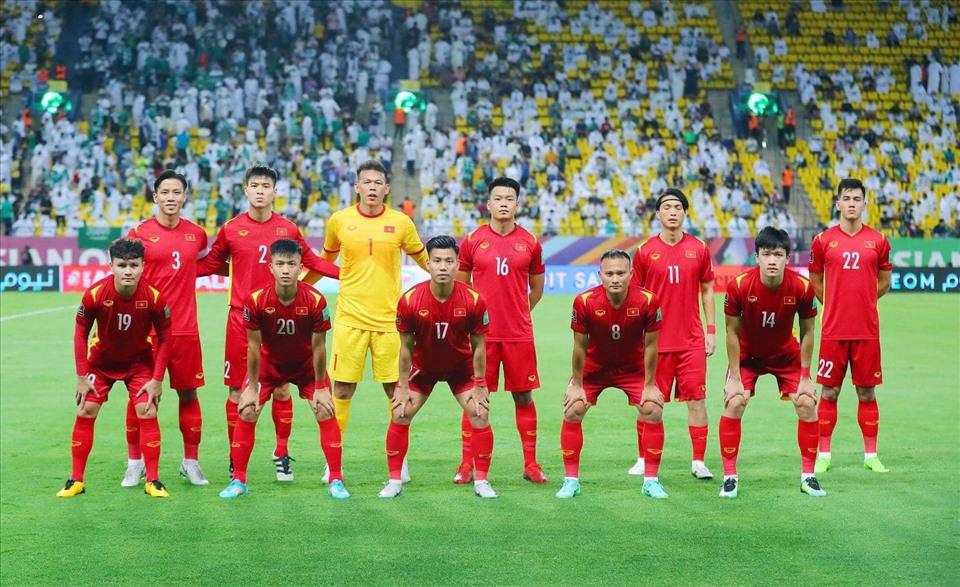 Nhìn danh sách tuyển Việt Nam đấu Australia mà lo thon thót hàng thủ