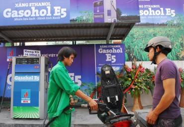 Xăng nhiên liệu sinh học: Lợi hay hại?