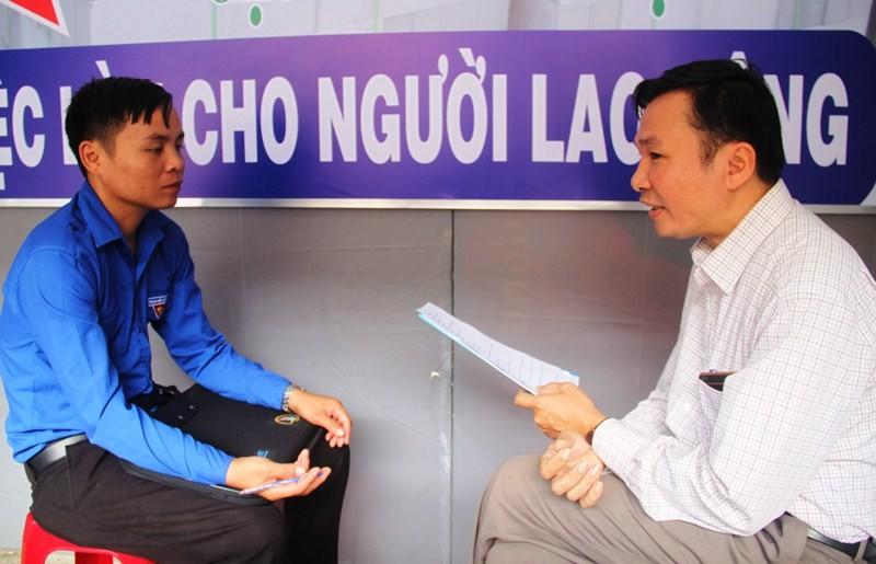 Phỏng vấn xin việc: Bạn trẻ thiếu tự tin, bản lĩnh