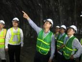 Bắt đầu kiểm tra vết nứt hầm Hải Vân
