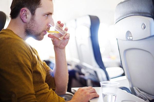 6 điều cần nhớ để tránh mệt mỏi sau chuyến bay dài