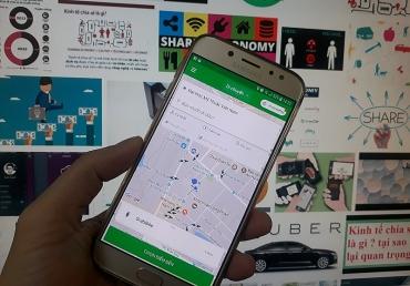 """Cuộc đua taxi công nghệ: Không thể """"tay không bắt giặc"""""""