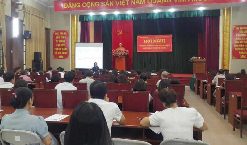 Công đoàn Viên chức Thành phố: Tuyên truyền phổ biến pháp luật cho cán bộ CĐCS