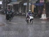 Bắc Bộ và Thanh Hóa có mưa dông lớn, vùng núi bắt đầu chuyển rét