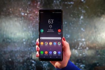Nên chọn mua Samsung Galaxy Note 8 hay Note 9?