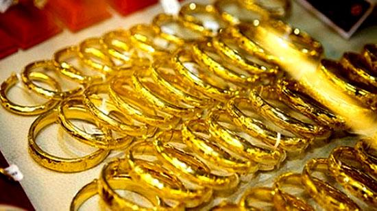 Giá vàng trong nước tiếp tục giảm, giao dịch dưới 36 triệu đồng/lượng