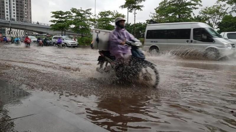 Quận Long Biên: Kiến nghị đẩy nhanh tiến độ các trạm bơm