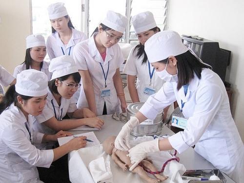 Rộng mở cơ hội cho nhân lực ngành điều dưỡng