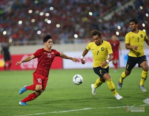 Nước cờ xa của thầy Park khi cho Công Phượng đá chính trong chiến thắng Malaysia