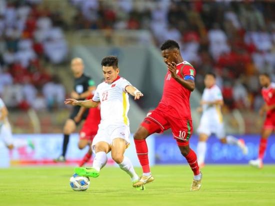 Tuyển Việt Nam rớt khỏi top đầu châu lục sau 2 trận thua