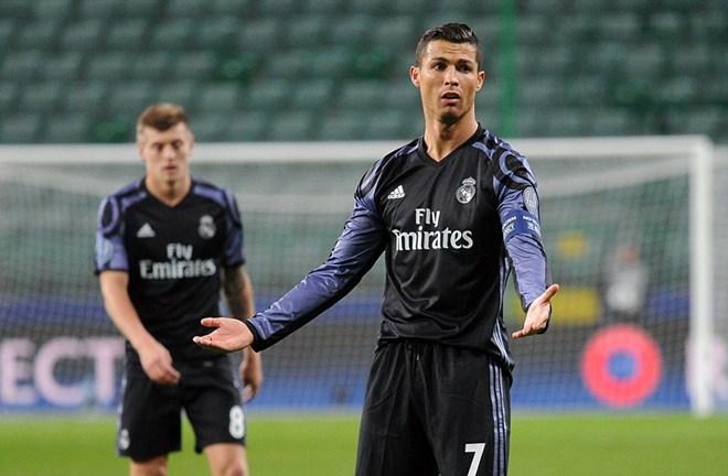 Real Madrid lỡ cơ hội giành vé knock-out sớm sau trận hòa gây sốc