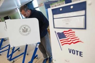 Toàn cảnh bầu cử Mỹ trước giờ G