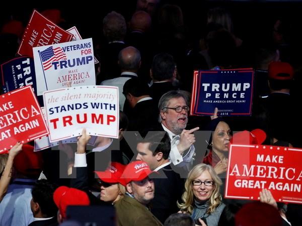 Tổng thống đắc cử Donald Trump cam kết vì một nước Mỹ hùng mạnh