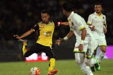 Malaysia có nguy cơ mất tiền vệ trụ cột trước AFF Cup 2016