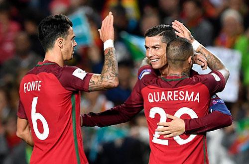 Clip Ronaldo lập cú đúp, Bồ Đào Nha đại thắng Latvia
