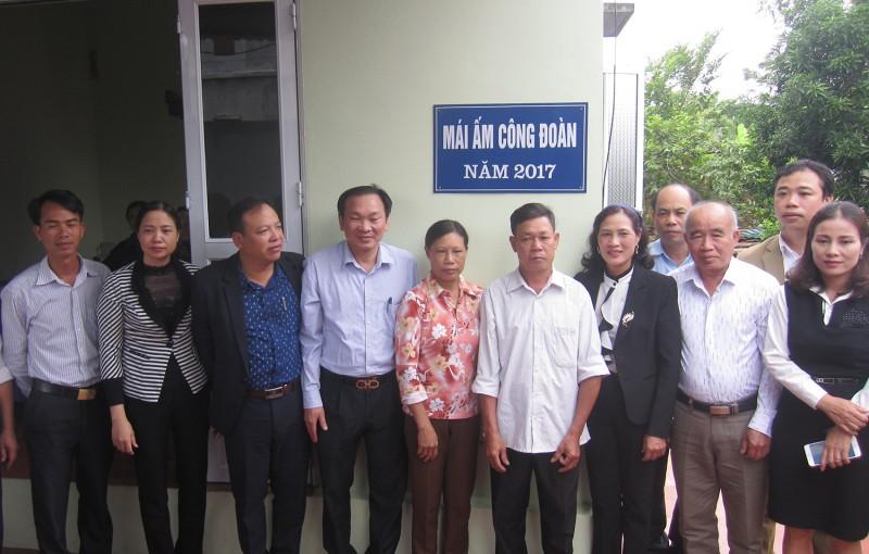 LĐLĐ huyện Thạch Thất:  Tạo đột phá trong thành lập công đoàn cơ sở