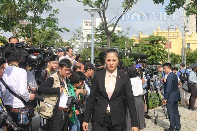 Nữ đặc vụ xinh đẹp của Việt Nam nổi bật tại APEC