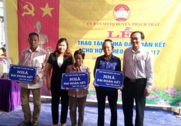Huyện Thạch Thất: Trao tặng nhà tình nghĩa cho đoàn viên công đoàn