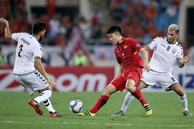 Tụt 4 bậc, tuyển Việt Nam vẫn hơn Thái Lan trên bảng xếp hạng FIFA