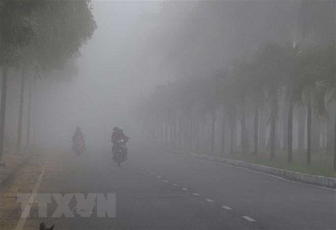 Bắc Bộ xuất hiện nhiều sương mù, nhiệt độ giảm mạnh vào sáng sớm