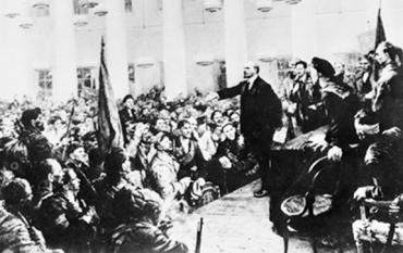 Tiếp tục kiên định đi theo con đường Cách mạng Tháng Mười Nga