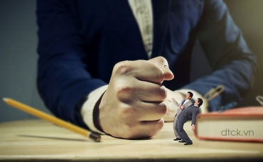 Ai giám sát sự liêm chính tại doanh nghiệp?