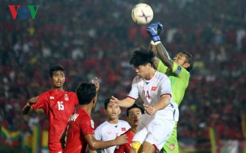 Đội tuyển Việt Nam vào bán kết với ngôi đầu bảng A khi nào?