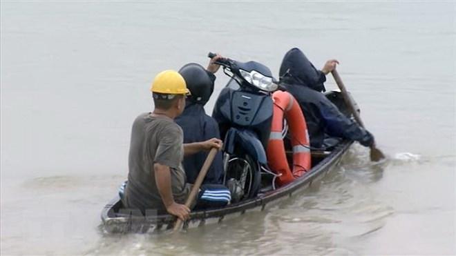 Chiều 25/11, bão số 9 đổ bộ đất liền từ Nam Bình Thuận đến Bến Tre