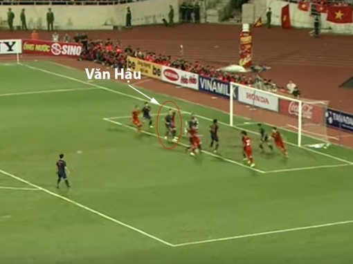 Trọng tài có đúng khi thổi phạt 11m và từ chối bàn thắng của Việt Nam