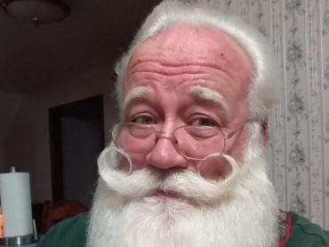 Câu chuyện cảm động về một cậu bé chết trên tay ông già Noel