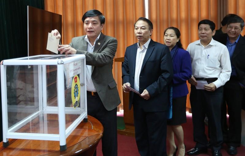 Tổng Liên đoàn Lao động Việt Nam: Kêu gọi ủng hộ đồng bào bị lũ lụt