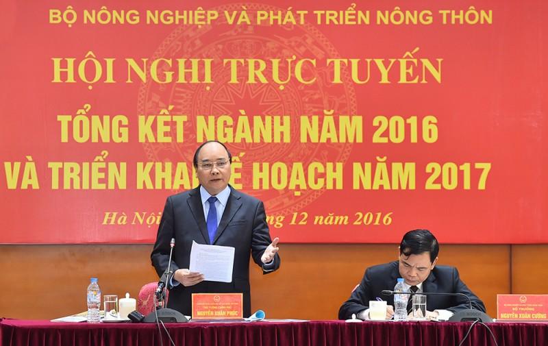 Thủ tướng Nguyễn Xuân Phúc: Phải nghiên cứu thứ người dân cần