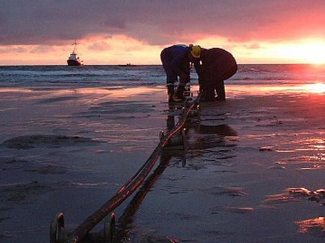 Tuyến cáp quang biển APG chính thức đưa vào khai thác, Internet đi quốc tế nhanh hơn