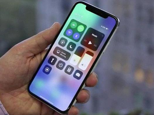 Giá iPhone X xách tay đã… chạm sàn