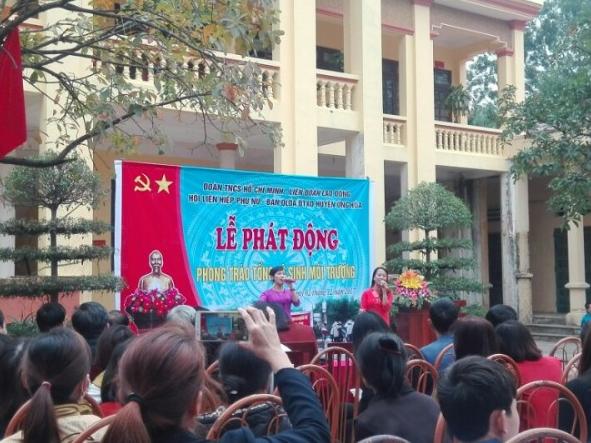 Huyện Ứng Hòa: Tổ chức lễ phát động phong trào tổng vệ sinh môi trường