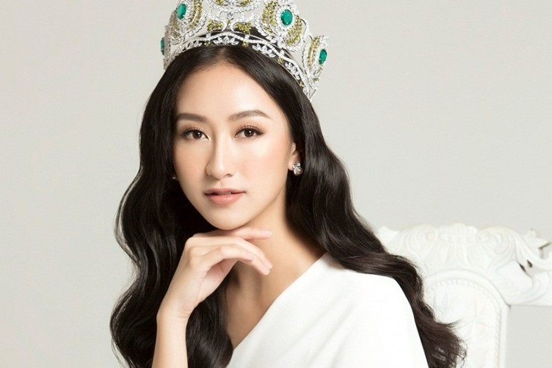 Hà Thu ngồi ghế giám khảo danh dự cuộc thi Hoa hậu Đại sứ Du lịch Thế giới 2017