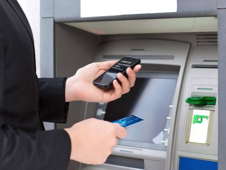 Tăng cường giám sát các giao dịch qua ATM trong dịp cuối năm