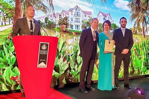 """Vinhomes Riverside được vinh danh là là """"Bất động sản tốt nhất thế giới"""" 2018"""