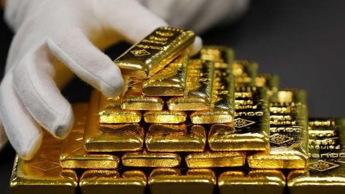 Giá vàng hôm nay 12/12: Thế giới tăng nhanh, vàng miếng tăng khiêm tốn