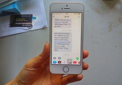Tin nhắn rác càng cấm lại càng tăng: Chẳng nhẽ lại bó tay?