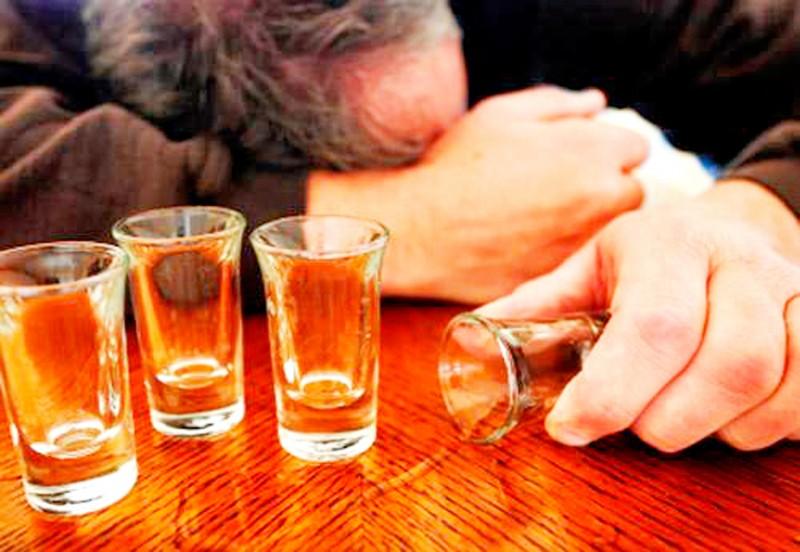 Hết cửa cho thói ép người khác uống bia, rượu