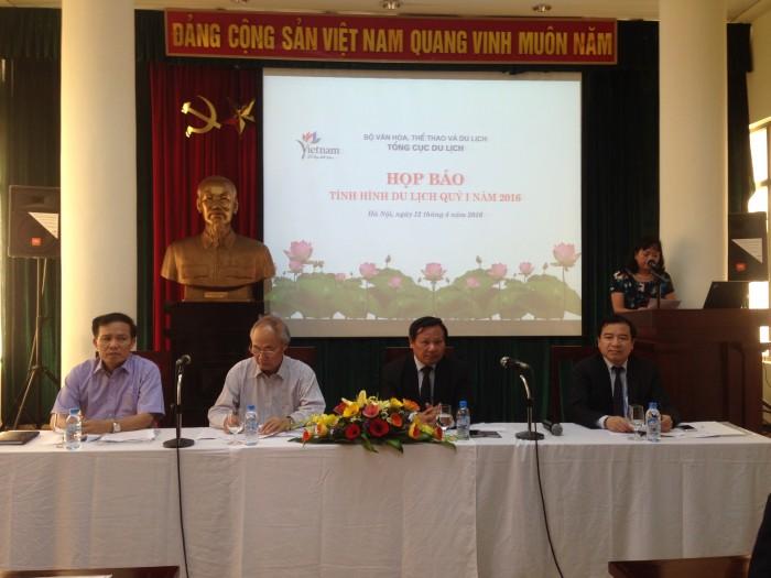 Khách quốc tế đến Việt Nam tăng liên tiếp 3 tháng đầu năm